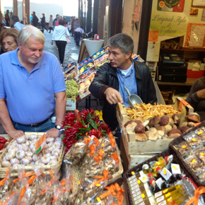 The Middle Market At Bologna- Market Visit Cooking school in Italy