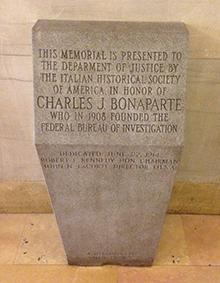 bonaparte-monument